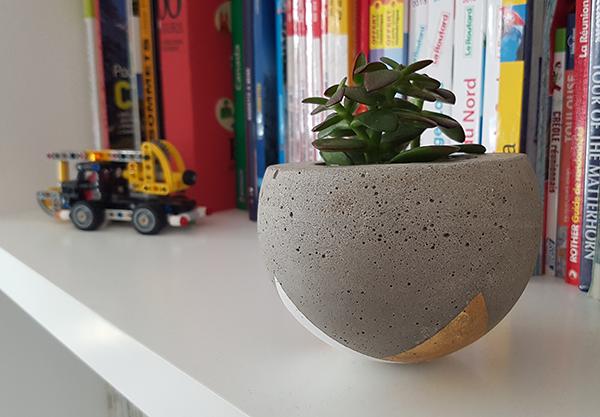 final4-cache-pot-beton
